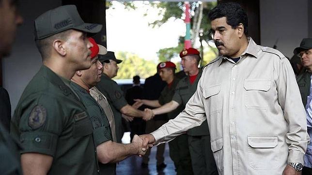 Maduro no es amigo del pueblo chileno o ecuatoriano, porque sus políticas son equivalentes a las de Piñera y Lenin Moreno