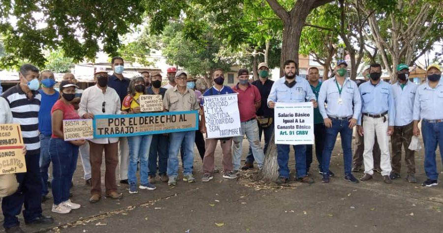 Trabajadores de Guayana discuten en Plaza El Gallo de San Félix plan de movilización unitaria por el salario y contra la represión